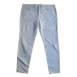H&M - Jeans in cotone e organico bianco con strappi