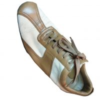 Gucci - EU/39.5 - Sneaker in pelle ecru e tela beige